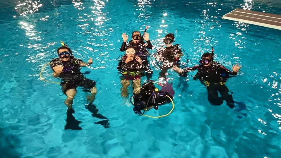 潛水初班 泳池 平靜水域 訓練